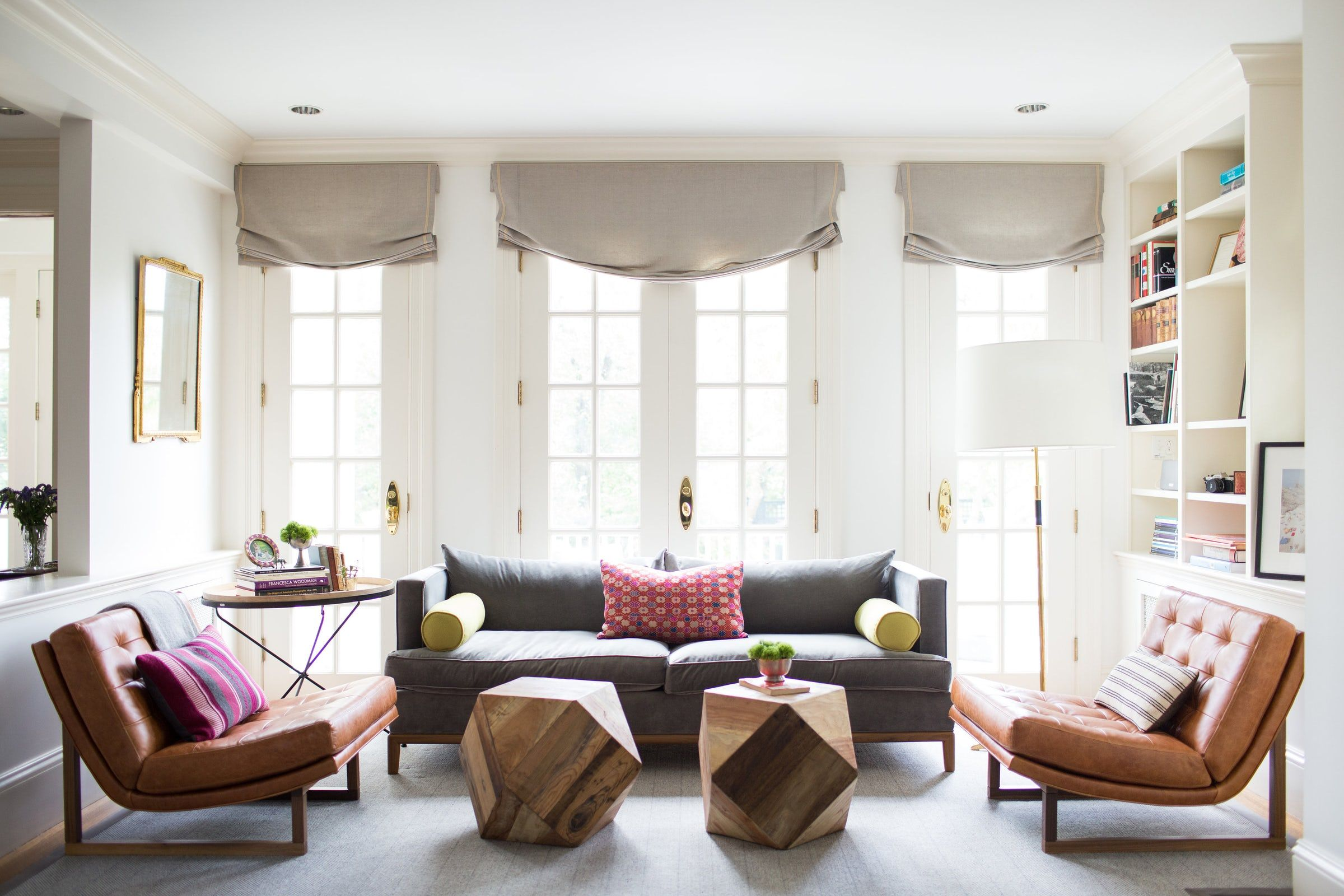 5 Tips For Arranging Your Living Room Furniture